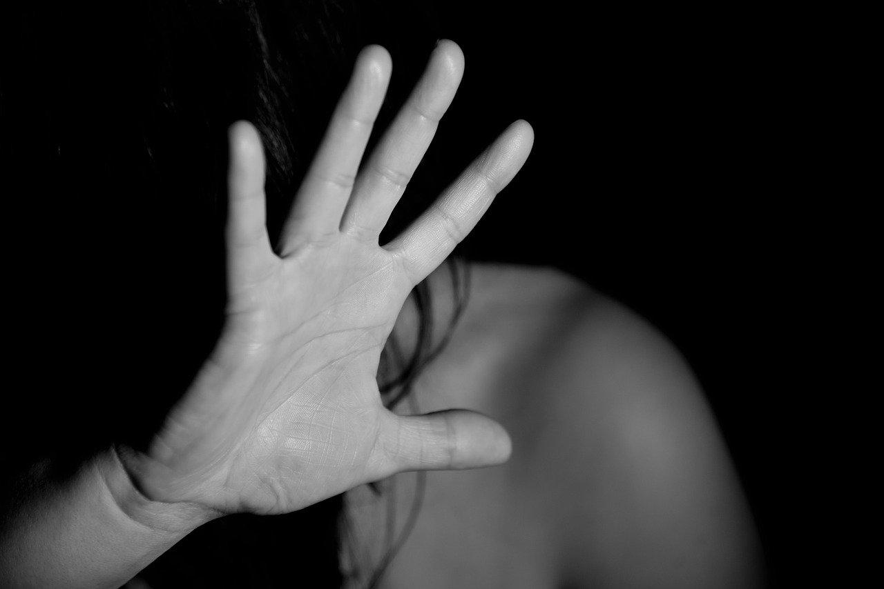 Modelfoto vold mod kvinder